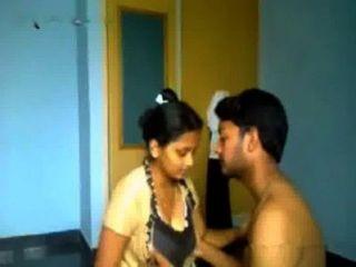 प्रेमी के साथ भारतीय कॉलेज गर्ल
