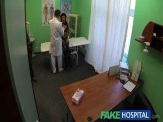 Fakehospital स्मार्ट परिपक्व सेक्सी Milf बनाने के लिए एक सेक्स स्वीकारोक्ति है