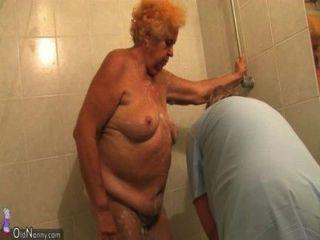 Oldnanny पुरानी मांसल औरत दादी डिक और हस्तमैथुन चूसने