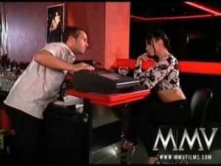Mmv फिल्में लौरा एन्जिल क्लब में बकवास करने के लिए प्यार करता है
