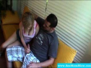 एमआईएलए किशोर दिखा परिपक्व कैसे चूसना करने के लिए