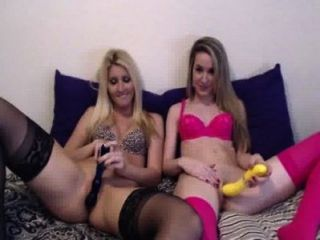 2 लड़कियों कैम पर हस्तमैथुन