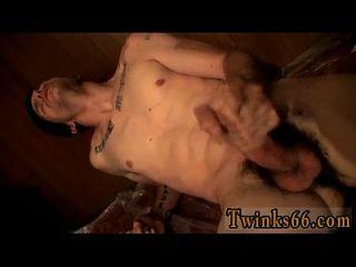 समलैंगिक Twinks भव्य बुरा लड़का लेक्स गीला हो जाता है