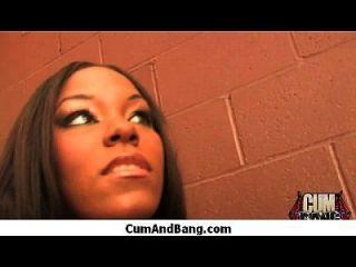 काले लड़की रेडहेक समूह 2 में कई सफेद लंड बेकार है