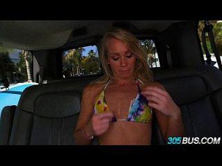 सेक्सी गोरा शौकिया Surfer 305bus.2 पर Fucked