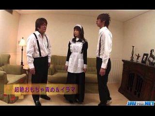एशियाई जापान की नौकरानी उसके सींग का मास्टर बेकार