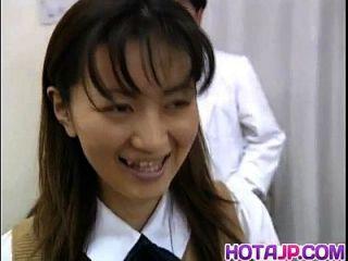 साकी Shiina है बालों योनी मापा और डॉक्टर Phallus बेकार है