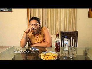 भारतीय दिल्ली भाभी गर्म सेक्स वीडियो स्तन दबाया
