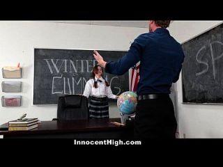 Innocenthigh शर्मीली छात्रा उसके भाषण शिक्षक Fucks