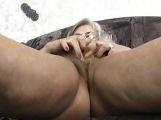 दादी उंगलियों