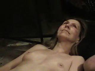 परिपक्व शौकिया पत्नी के चेहरे और बालों बिल्ली हस्तमैथुन
