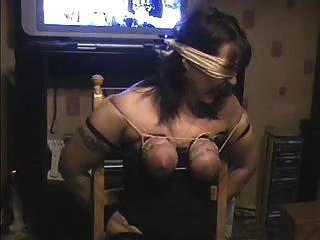 चूची मेरे वेश्या पत्नी सजा
