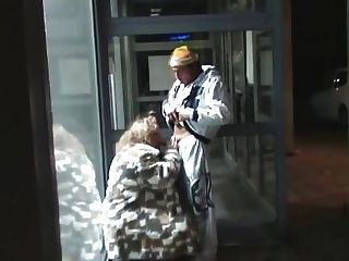 जर्मन मोटी औरत चूसने और सार्वजनिक ... बीएमडब्ल्यू कमबख्त