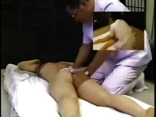 छिपे हुए कैमरे एशियाई मालिश हस्तमैथुन युवा जापानी रोगी 3