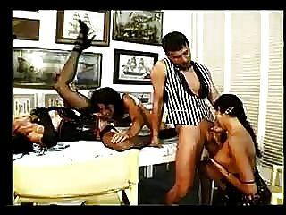 एक समूह सेक्स Troia में Olivia डेल रियो के पिछवाड़े में मुश्किल मुर्गा लेता है सभी तरह स्तन