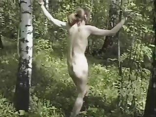 रूसी पत्नी 2 के लिए यातना