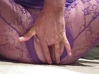 दादी गोरा त्रिगुट Ypp