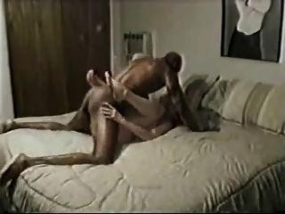 पत्नी कठिन काला नर से बकवास और वह एक बहुत Cums!
