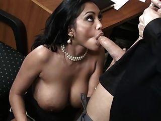 भारतीय संपूर्ण शरीर बड़े स्तन संचिका स्तन अच्छा गधा