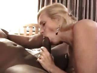 पति टेप अपने मुखर पत्नी एक काले दोस्त कमबख्त