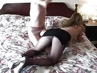 Pantyhose होली उसकी प्रेमिका करता है