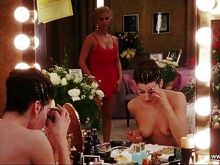 जीना गेर्शोन टॉपलेस दृश्य - Showgirls - एच.डी.