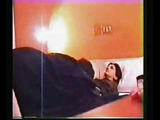 होटल में पाकिस्तानी लड़की