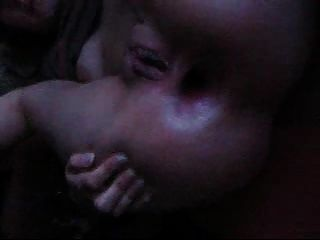 युवा पत्नी मुश्किल पिछवाड़े में गड़बड़ कर दिया।घर बनाया वीडियो