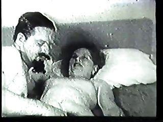 गर्म Unshaved श्यामला गृहिणी उसे बिल्ली पुरानी वीडियो में गड़बड़ हो गया है