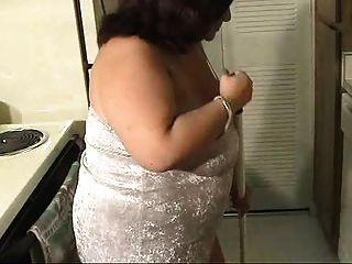 एक अद्भुत महिला सफाई!
