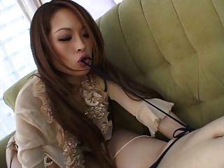 जापानी समलैगिंकों एक डबल दांग का उपयोग
