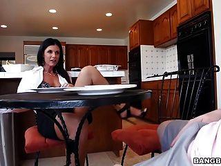 भारत गर्मी और Kacy लेन - Stepmom वीडियो