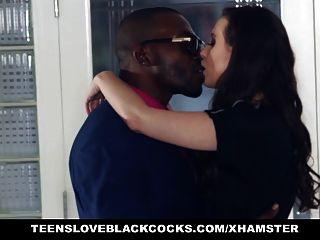 Teensloveblackcocks - सेक्सी अनुरक्षण केसी Calvert Fucks बीबीसी