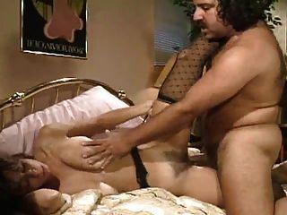 Wobbly बिस्तर, Wobbly स्तन