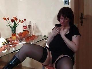 मेरी सेक्सी Piecings बिकनी Nips N बिल्ली के साथ मोज़ा में Milf
