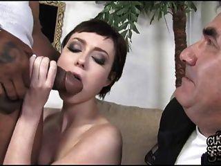 पतला पत्नी मोटी काले मुर्गा लेता है जबकि व्यभिचारी पति घड़ी