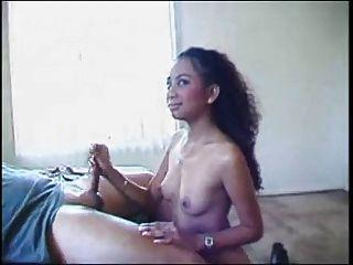 सेक्सी एशियाई जेड मार्सेला एक चेहरे से Snahbrandy हो जाता है