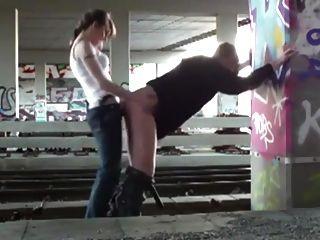 लड़कियों लय शौकिया पेगिंग मिला