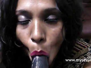 तमिल अश्लील सेक्सी भारतीय लड़की लिली गंदी बात कर रही है
