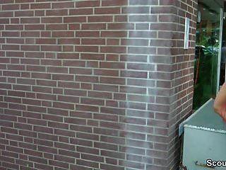 जर्मन रेडहेड टीन Lexy Seduce को आउटडोर बकवास द्वारा अजनबी