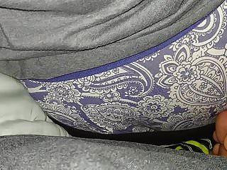बीबीडब्ल्यू पत्नी लूट पैंटी बकवास सह