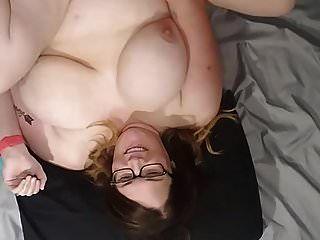 बीबीडब्ल्यू पत्नी गड़बड़ और चेहरे, स्तन और पेट Vid बी पर सह