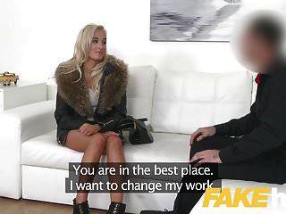 नकली एजेंट यूरो चिक को टाइट वैंक और Blowjob देना पसंद है