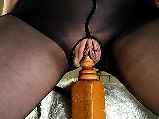 शौकिया एमआईएलए उसके बिस्तर की सवारी कई फुहार Orgasms