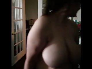 बीबीडब्ल्यू पत्नी को अपने करामाती झटकों