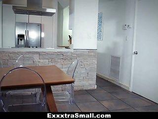 Exxxtrasmall छोटे किशोर तंग छोटी बिल्ली गड़बड़ हो जाता है