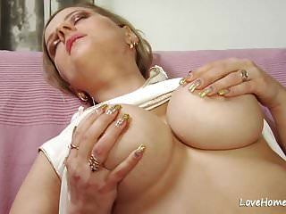 शरारती बड़े स्तन फूहड़ पाला है और गड़बड़ है .mp4