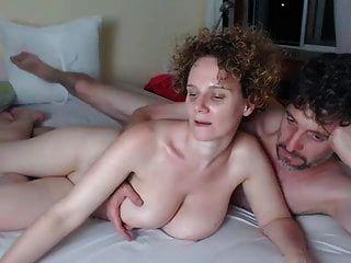 रेडहेड पीला त्वचा एमआईएलए बड़े प्राकृतिक स्तन मज़ा आ रहा है