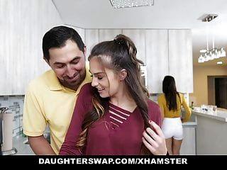 बेटियों के सींग का बना किशोर Besties बकवास प्रत्येक माताओं Dads