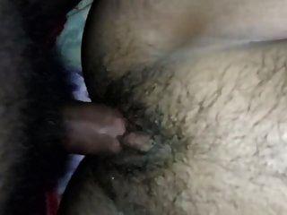 दूधिया स्तन गर्भवती भारतीय पत्नी कठिन कमबख्त और कराह रही है